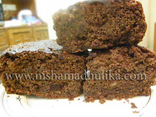 Cake In Pressure Cooker By Nisha Madhulika
