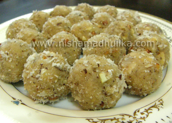 coconut_laddu
