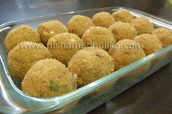 Urad Dal Laddu RecipeUrad Dal Recipe