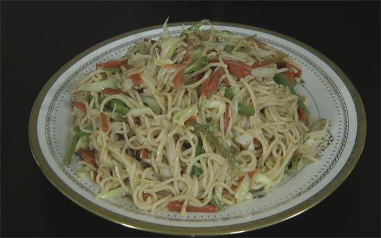 Veg chow mein indian style recipe nishamadhulika veg forumfinder Images