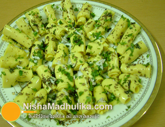 Microwave khandvi recipe nishamadhulika microwave khandvi recipe forumfinder Choice Image