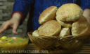भरवां बेड़मी पूरी – Bedmi Poori Recipe – Urad Dal Bedmi Poori Recipe Video